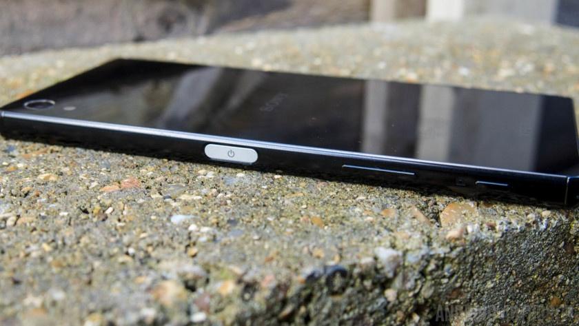 Xperia Z5 Premium5